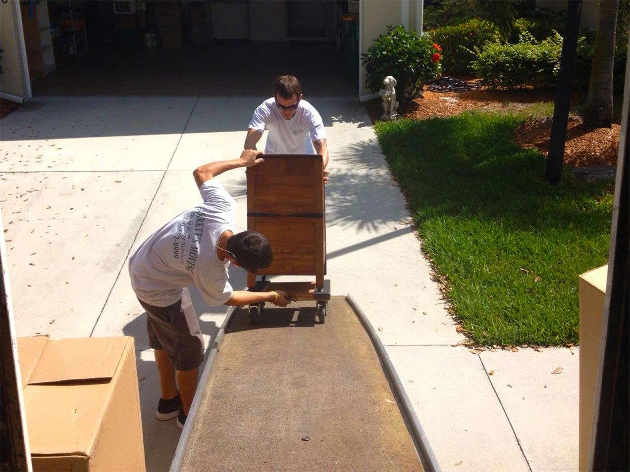Moving Help | Garrett's Moving & Third Party Services